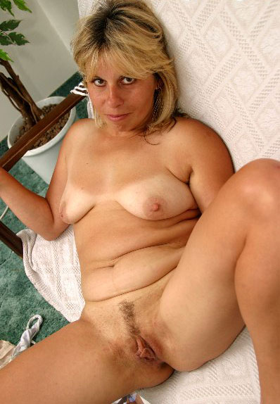 love cock pussy REIFE MILF BLONDES PERFEKT sounds simple, but